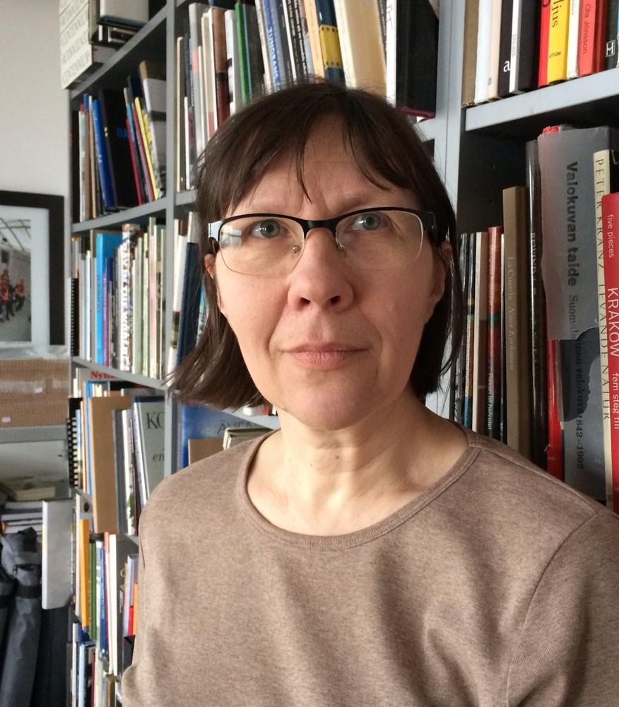 Inta Ruka tar svenska fotoböcker till Riga