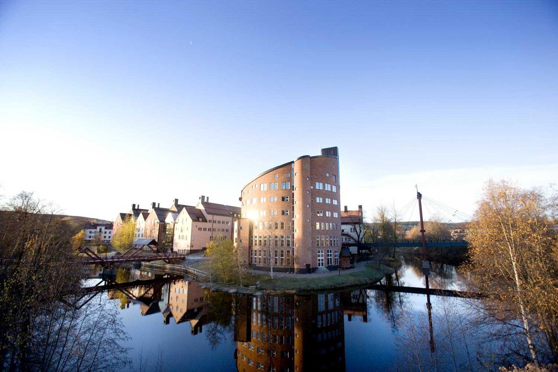 Bildjournalistisk utbildning i Sundsvall, Oslo och Århus